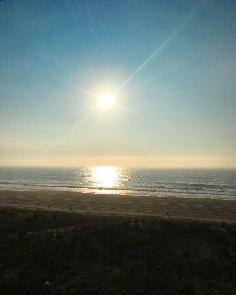 morning sun at the beach - 15 tips for better sleep